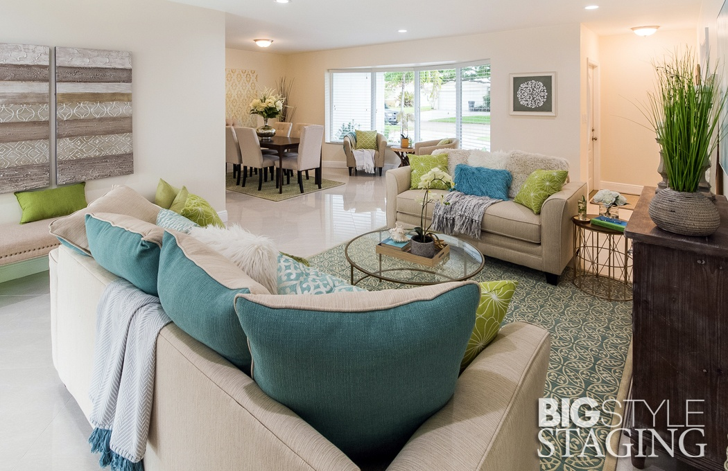 family-room-vacant-home-staging-example-feature