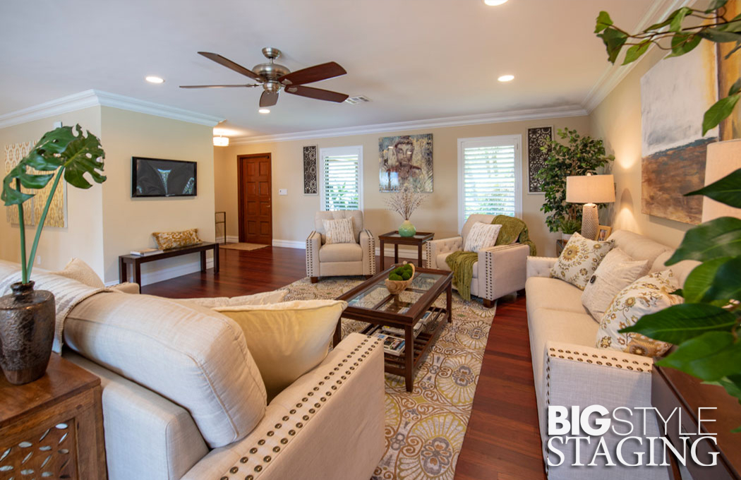 pompano-beach-big-style-staging-living-room